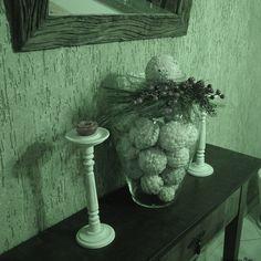 Gosto muito desta decoração que fiz com topiarias!