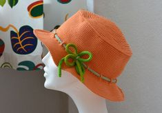 Virka en hatt i valfri storlek och valfritt garn med hjälp av denna hattformel.