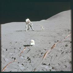 Las miles de fotografías de la Luna tomadas por los astronautas del Apolo ya están en una impresionante cuenta de Flickr, una colección inigualable.