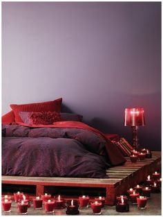pallet bed....LOVE it all !!