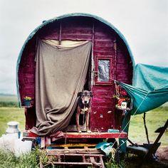 Iain McKell's Photographs Of Modern Day Gypsies