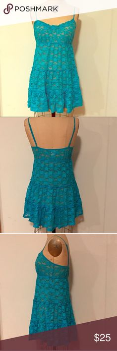 """Nordstrom Jonquil in Bloom Blue Lace Slip Nighty I love this brands soft lace, but over bought! In Bloom by Jonquil adorable aqua blue lace slip or nighty. Size M. Measures about 30"""" from shoulder to hem. Shown on a 36"""" chest circumference dress form. All measurements are approximate taken by hand. Adjustable shoulder straps. Soft lace nylon spandex blend. NWOT. From Nordstrom. 🚫Trades🚫PP. Nordstrom Intimates & Sleepwear Chemises & Slips"""