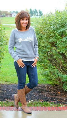 I was so excited when I was asked to style this Thankful Sweatshirt. This is great to wear any time when it's cool outside but it's especially fun to wear right now with the Thanksgiving holiday coming up.