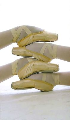 Sunshine In My Pocket, Ballet Shoes, Dance Shoes, Friends Family, Buttercream Frosting, Yellow, Color, Art, Fashion