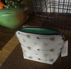 Zipper Bag MakeUp Bag Cosmetic Bag Beauty Bag Medium Cosmetic Bag Laminated…