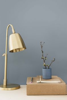 The new 2017 color from Dulux is called Denim Drift. No matter if artfully in Bo … – Skandinavisch wohnen – Einrichtungsideen Room Colors, Decor, Bedroom Colors, Home, Interior, Dulux Colour, Colorful Interiors, Denim Drift, Bedroom Wall