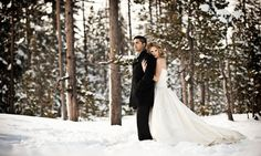 Wow Worthy Wedding Portraits in the Snow ~ we ♥ this! moncheribridals.com