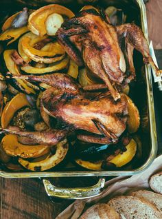 Ricardo's recipe: Roasted Pheasant and Vegetables with Sweet and Sour Sauce Roast Rabbit, Rabbit Food, Fried Rabbit, Quail Recipes, Venison Recipes, Rabbit Recipes, Venison Roast, Mushroom Cream Sauces, Deer