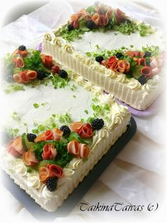Tortas Sandwich, Sandwich Cake, Amazing Food Decoration, Creative Food Art, Savory Pastry, Food Carving, Food Garnishes, Just Eat It, Cake & Co