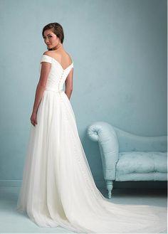 Elegant Tulle Off-the-shoulder Neckline Natural Waistline Sheath Wedding Dress