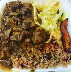 Couldn't leave Orlando without getting me some Jamaican food.  Curry goat fried plantains Cabbage and rice and peas.  Mmmmmmm Mmmmmm Good!  #jamaicanfood #goodeats #orlando #goat #curry #plantain by 2lovehenriettais_