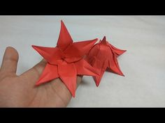 Origami Lily with six petal from hexagon [Tutorial] - Naomiki Sato Origami Lily, Origami Videos, Origami And Kirigami, Origami Stars, Origami Paper, Origami Instructions, Origami Tutorial, Flower Tutorial, Paper Flowers Craft