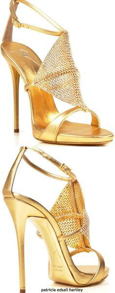 Giuseppe Zanotti #giuseppezanottiheelszapatos #giuseppezanottiheelsoutfit #weddingshoes #giuseppezanottiheelswedding