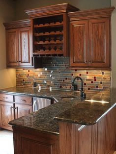 (Rusty slate backsplash tile ideas) for kitchen backsplash projects. Slate kitchen mosaic tile with a natural look for projects. Green Granite Countertops, Backsplash With Dark Cabinets, Slate Backsplash, Glass Kitchen Cabinets, Backsplash Ideas, Backsplash Design, Granite Colors, Kitchen Countertops, Home Decor Kitchen