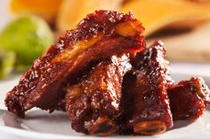Baked Sweet and Sour Spareribs Recipe with Pineapple Slow Cooker Ribs, Slow Cooked Meals, Slow Cooker Recipes, Cooking Recipes, Crockpot Recipes, Sweet And Sour Spareribs, Barbecue Ribs, Bbq Pork, Beef Short Ribs
