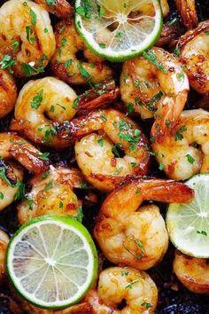 La Délicieuse Recette des Crevettes à l'Ail, au Miel et au Citron (Prête en 10 Min).