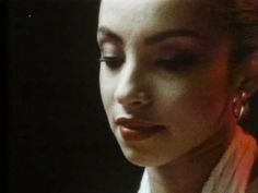 ▶ Sade - Your Love Is King