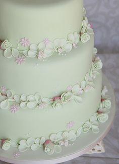 english wedding cake too by karenlindsay24, via Flickr