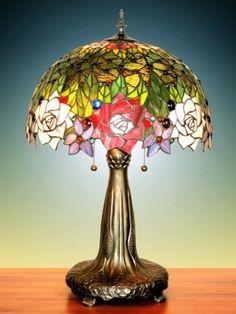 Lampada Tiffany, stile Liberty