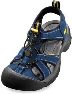 d5c5b4cd7e5f Keen sandals. My sis has this color and I have them in a grayish color