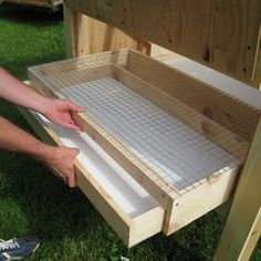Easy Clean Chicken Coops - Litter Trays