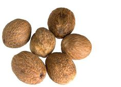 NUTMEG OIL - is an anti-inflammatory + very useful in treating muscular / joint pain. Massaging into the pain is an effective treatment for arthritis, rheumatism, lumbago, etc. Health And Beauty Tips, Health Tips, Health And Wellness, Beauty Tricks, Health Benefits, Natural Medicine, Herbal Medicine, Chinese Medicine, Natural Health Remedies