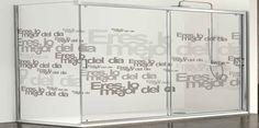 LÍNEA PROFILTEK (PERSONALIZADO) |   El cliente puede personalizar totalmente su mampara con colores traslúcidos y degradados de color, pudiendo generar espacios decorativos únicos e impresionantes. Mamparas Abatibles, plegables, correderas, asistenciales, especiales e hidromasaje.