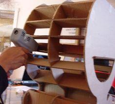 Tuto pour votre premier meuble en carton - CocoLife Palette, Chalk Paint, Wine Rack, Bookcase, Shelves, Storage, Diy, Furniture, Nature