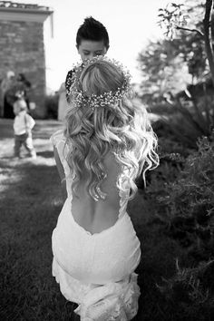 Baby got back! This #weddingdress is a total show stopper!