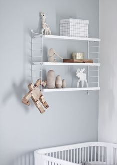 String Pocket by Nils Strinning from String Furniture Interior paint color inspiration more on www. Baby Bedroom, Baby Boy Rooms, Kids Bedroom, Baby Room Grey, Baby Decor, Kids Decor, Kids Room Shelves, String Shelf, Ideas Habitaciones