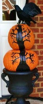 DIY Painted Halloween Pumpkin Topiary…