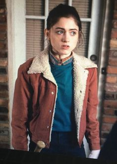 Jacket: red red denim jacket tv show stranger things fur Nancy Stranger Things, Stranger Things Halloween Costume, 80s Fashion, Fashion Outfits, Fashion Sites, Red Denim Jacket, Shearling Jacket, Skinny, Aesthetic Clothes