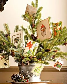 Decorar con postales de Navidad 9