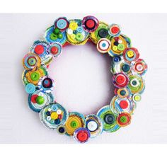 Canvas Layers Holiday Wreath - 23 Great DIY Christmas Wreath Ideas