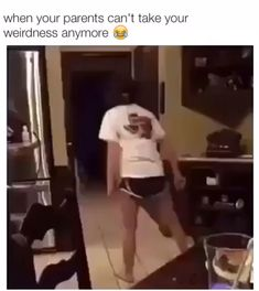 Funny memes and pics Funny Kid Memes, Funny Text Fails, Really Funny Memes, Stupid Funny Memes, Funny Laugh, Funny Relatable Memes, Girl Memes, Funny Stuff, Funny Cute