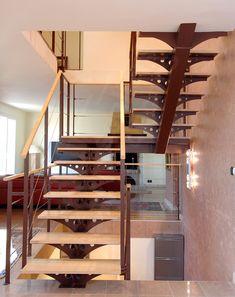 Escalier 2/4 Tournant - ESCALIERS DÉCORS® - modèle déposé - Crédit Photo : Philippe Cluzeau