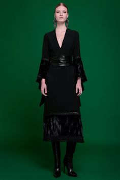 Andrew Gn Pre-Fall 2017 Collection Photos - Vogue