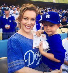 Alyssa Milano & Her Baseball Boy - Dodgers Girl, Dodgers Fan, Baseball Boys, Dodgers Baseball, Alyssa Milano, Mlb, Bliss, Serie Charmed, Mommy Style