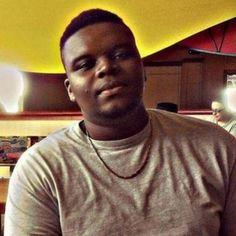 Ku Klux Klan reúne doações para agente que matou jovem negro