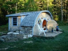 omg this company makes fucking Hobbit Holes in various sizes that can be chicken coops, playhouses, sheds, and even actual, functioning tiny houses! The fucking company is IN MAINE where I LIVE RIGHT NOW and I can go there and see them and I want to...