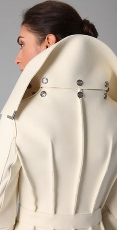 Pintuck: In sewing, a tuck is a fold or pleat in fabric that is sewn in place. (VIKTOR & ROLF Heavy Felt Trench Coat - via Fashion Details, Look Fashion, Winter Fashion, Womens Fashion, Fashion Design, Mode Style, Style Me, Victor And Rolf, Mode Mantel