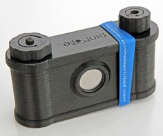 Clint O'Connor and Pinhole Printed release their latest printed pinhole camera, the Easy meant to be printed easily to teach photography students. Diy Pinhole Camera, 35mm Camera, 3d Printing News, Diy Cnc, Photo Equipment, 3d Prints, Print Pictures, Cool Photos, Amazing Photos