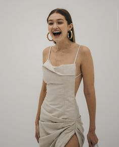 out and about — gigi hadid, jacquemus . out-andabout out and about — gigi hadid, jacquemus . out-andabout Style Gigi Hadid, Gigi Hadid Outfits, Fashion Week, Runway Fashion, Fashion Outfits, High Fashion Models, Estilo Madison Beer, Summer Outfits Women 20s, Jacquemus