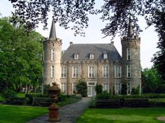 Foto's van Kasteel Henkenshage Dutch, Fairy Tales, Country Houses, Mansions, House Styles, Architecture, Decor, Photos, Country Cottages