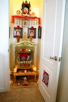 Aalayam - Colors, Cuisines and Cultures Inspired!: Swagatham, Suswagatham - A Bengalooru style home in Virginia! Decor, Pooja Room Design, Room Design, Pooja Rooms, Indian Home Decor, Room Door Design, Room Storage Diy, Pooja Room Door Design, Living Room Tv Unit Designs