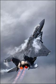 F15 after burners. before the f22, this was one of the few aircraft is US' arsenal that had enough thrust to climb and gain speed.