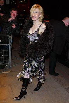Empire Magazine Awards - February 6th, 2003 - 031 - Cate Blanchett Fan   Cate Blanchett Gallery