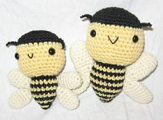 Mom & baby bee by Ana Paula Rimoli, via Flickr