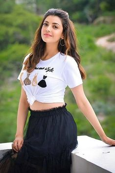 Actress Kajal Aggarwal Latest Glam Still - Social News XYZ Beautiful Bollywood Actress, Most Beautiful Indian Actress, Beautiful Actresses, Beautiful Heroine, Indian Celebrities, Bollywood Celebrities, Hot Actresses, Indian Actresses, Bollywood Girls