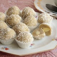 sezamove-kulicky Christmas Sweets, Christmas Baking, Christmas Cookies, Raw Cake, Russian Recipes, Vegan Treats, Sweet And Salty, Desert Recipes, Raw Vegan